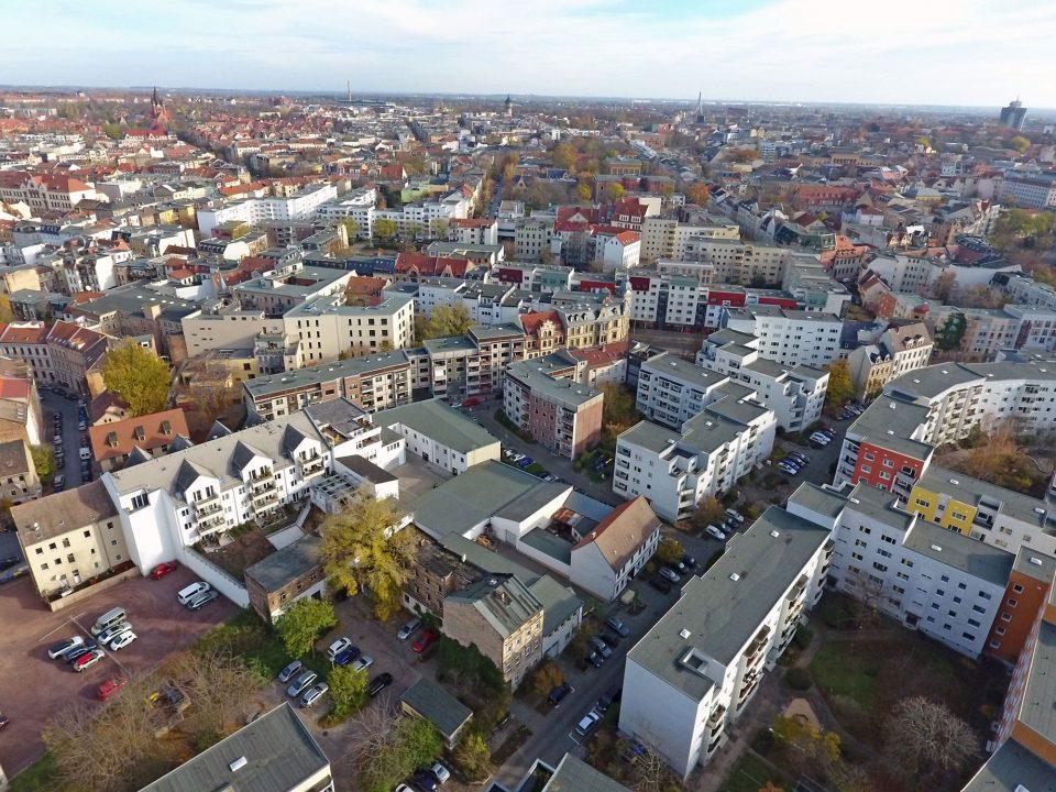 Bild von Halle aus der Luft